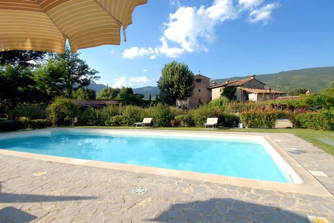 Molino-di-Bordone-Pool-Cortona-Tuscany-Luxury-farm-House-Villa-Rental-swimming-pool